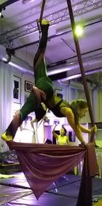 Aerial Silks Stretching Kontakt